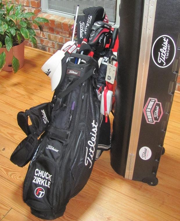 Team titleist golf gear bag embroidery