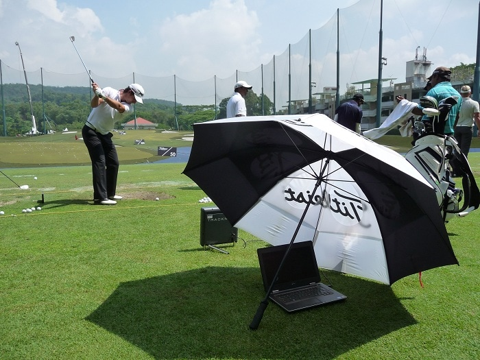 And even Trackman needs to find some shade!