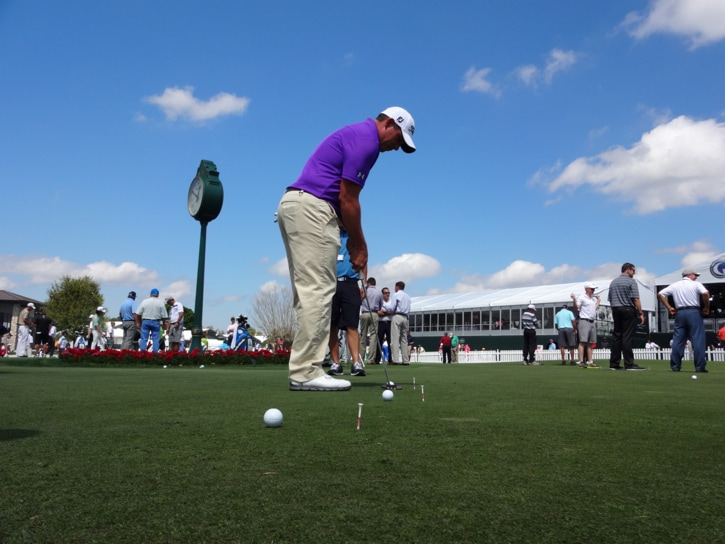 Scott Stallings working through some putting...
